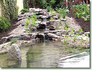 Steingarten Mit Wasserlauf Steingarten Mit Wasserlauf Mobelideen ...